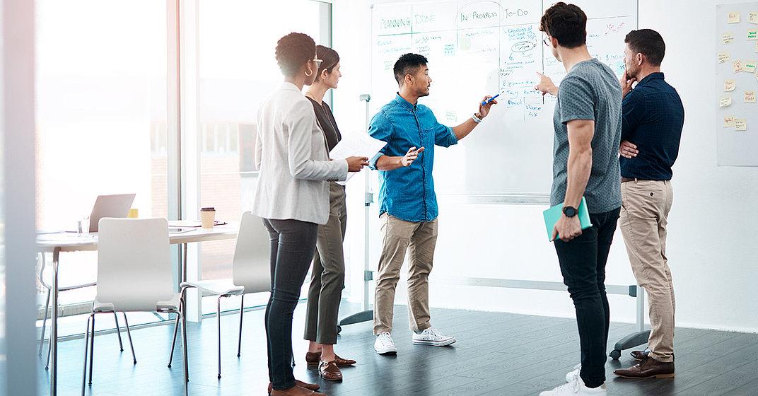 Unternehmen erhalten durch das Learning Lab die Möglichkeit, uns ihre Anliegen und relevanten Weiterbildungsthemen mitzuteilen, die wir in den konzeptionellen Aufbau der CyberForum Akadmie mit aufnehmen.